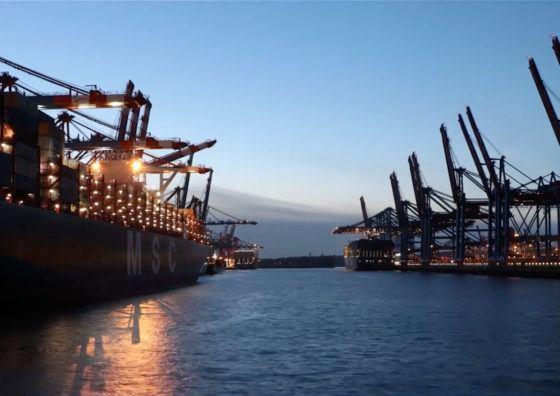 lichtecht Zeitraffer vom Hamburger Hafen